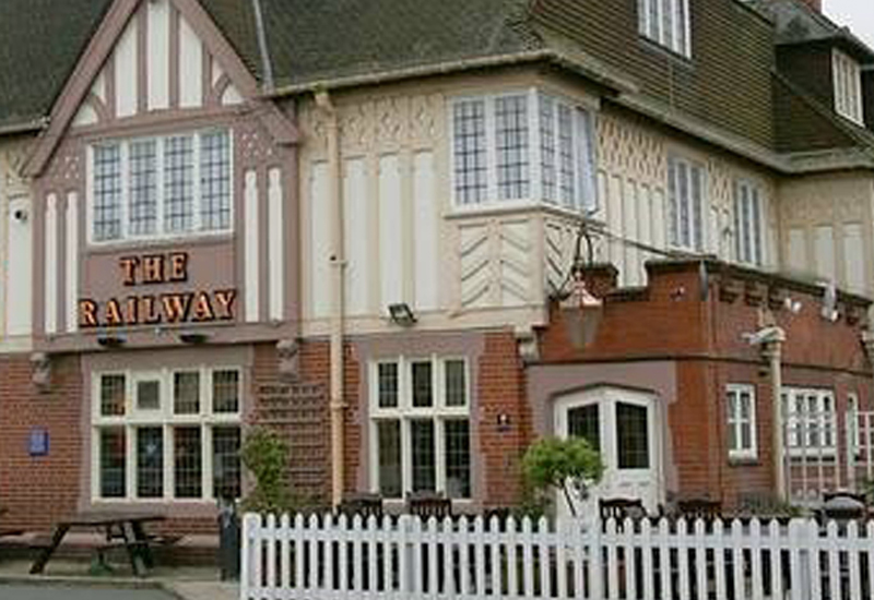The-Railway-Hotel-Hornchurch.jpg