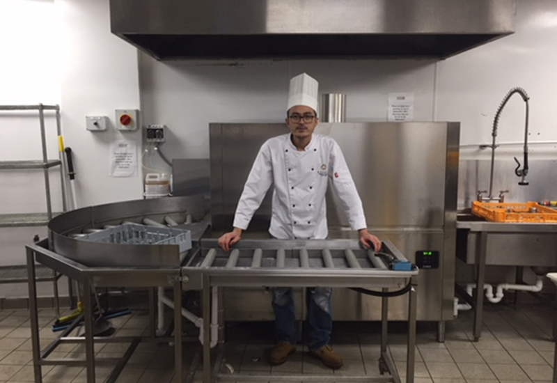 Azarahan Bin Ostman, head chef at Monart, with the new Krupps Evo 211 rack conveyor warewasher.